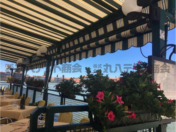 blog320 イタリア 開閉テント
