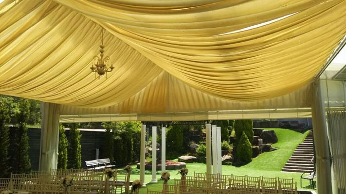 結婚式テント
